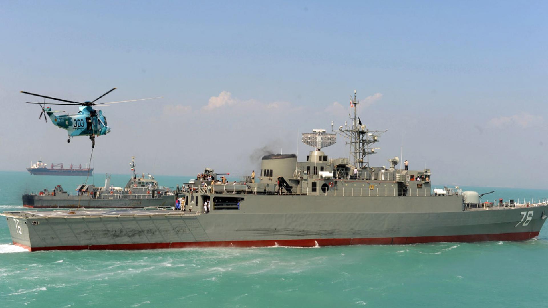 قائد البحرية الإيرانية: نراقب كل السفن الأمريكية في منطقة الخليج