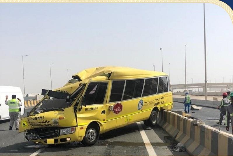 إصابة 14 شخصاً بينهم أطفال في حادثي تصادم بأبوظبي