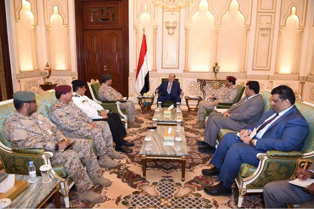 الرئيس اليمني يشيد بجهور اللجنة العسكرية في إزالة التوتر بين حكومته وأبوظبي