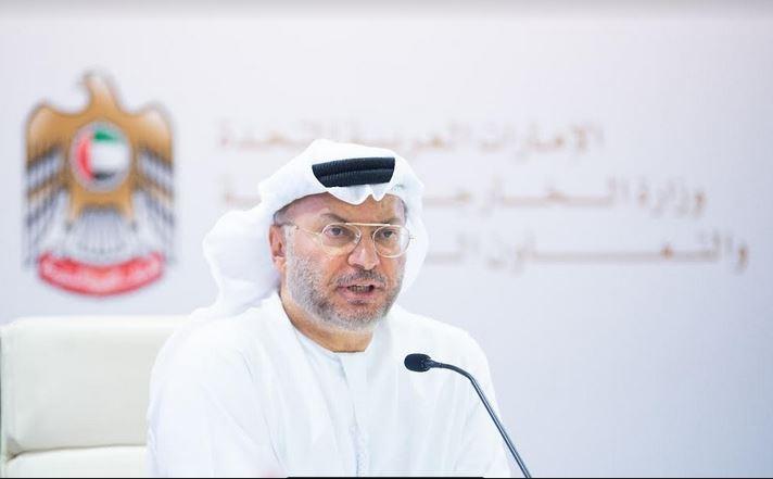 هكذا رد إعلامي قطري على تغريدات قرقاش بشأن قناة الجزيرة!