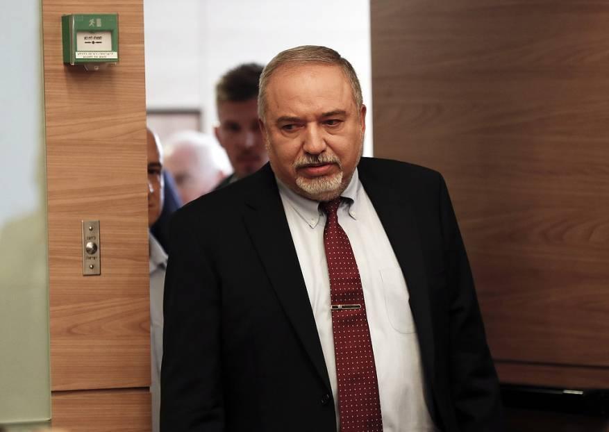 ليبرمان: في غضون عام ستكون حماس بقوة حزب الله