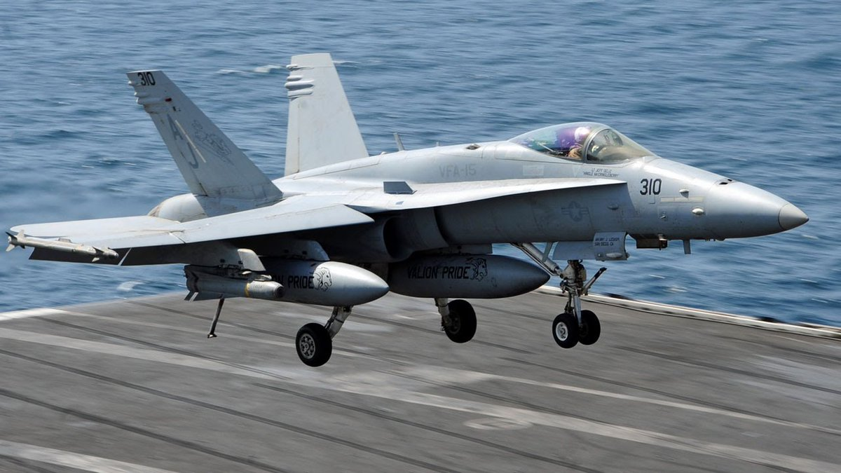 وكالة: مقاتلات أمريكية تنفذ طلعات ردع ضد إيران في سماء الخليج