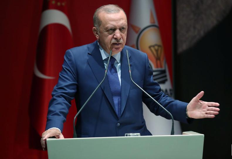 أردوغان يقول إنه يتوقع خفضا جديدا لأسعار الفائدة 