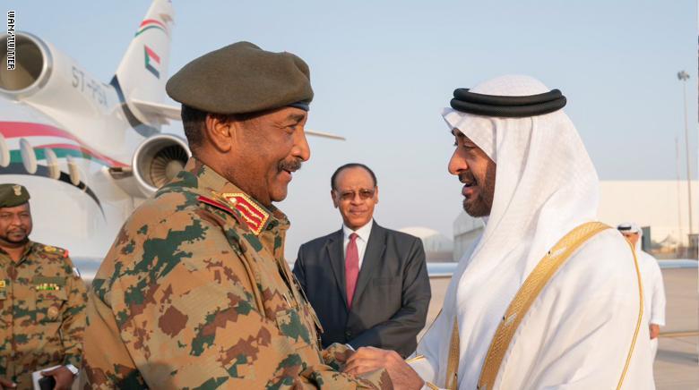 رئيس العسكري السوداني يكذب أبوظبي وينفي انسحابها من اليمن