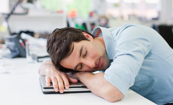 متى يكون نوم القيلولة مفيداً؟