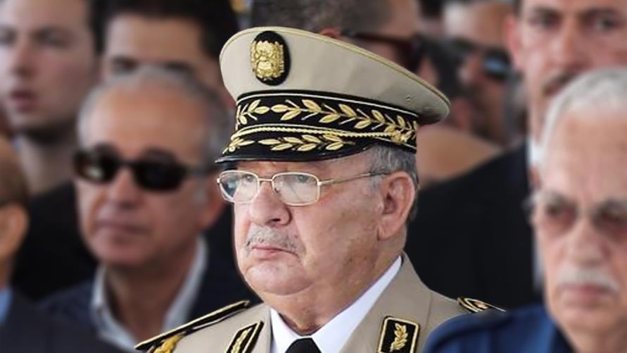 قائد الجيش الجزائري يتمسك بالانتخابات الرئاسية المرفوضة شعبيا