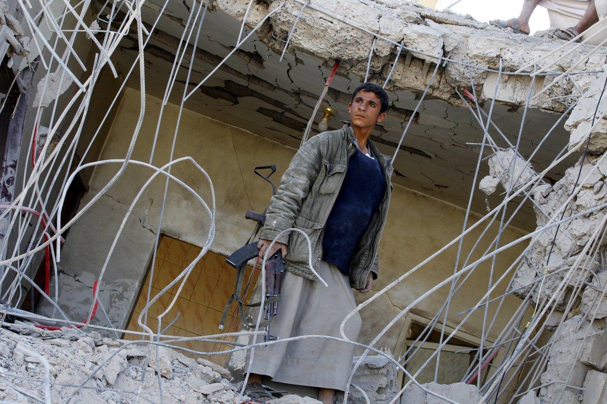 الحوثيون يتهمون التحالف السعودي بقتل 5 مدنيين في غارة بصعدة