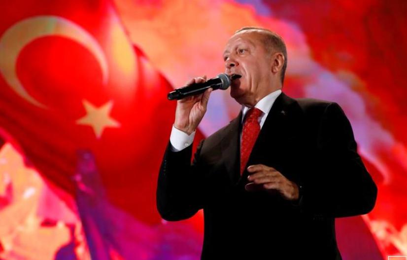 صحيفة: خمسة جنرالات بالجيش التركي يقدمون استقالاتهم