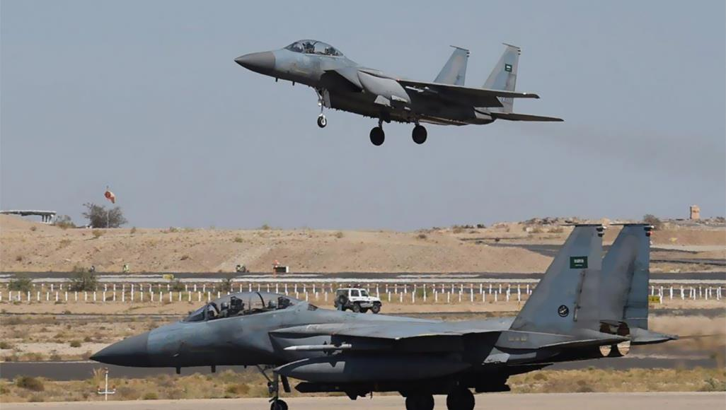 الحوثيون يعلنون شن هجوم على قاعدة عسكرية سعودية