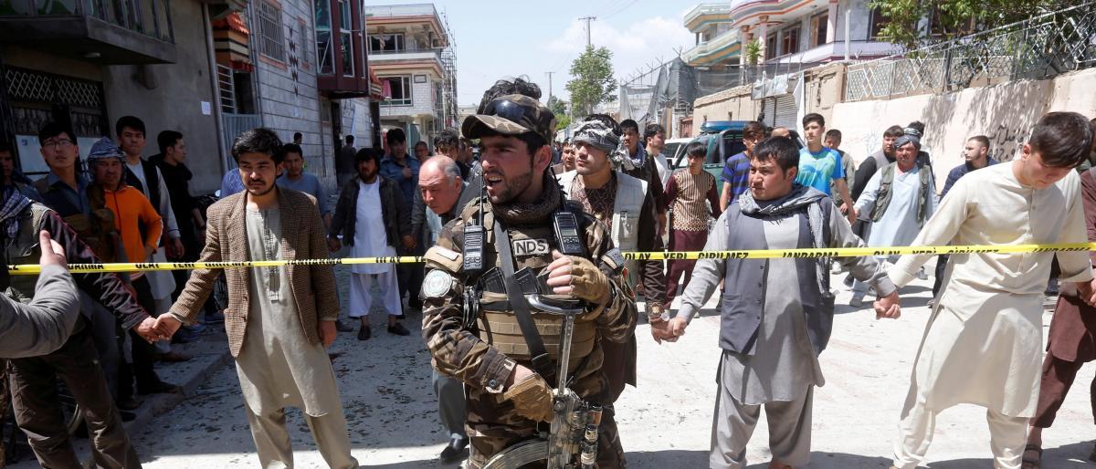 مقتل 15 بهجوم لـطالبان على مخفر في أفغانستان