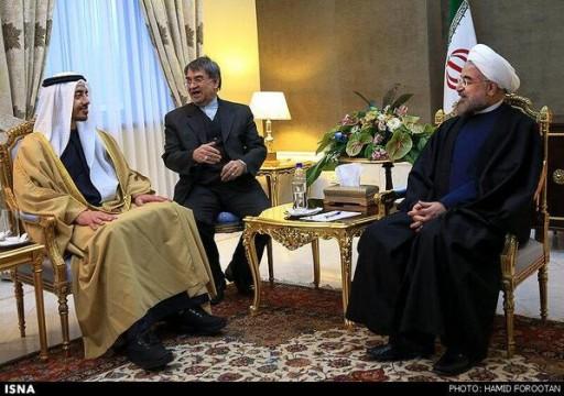 صحيفة عبرية: أبوظبي في وضع معقد وعليها الاختيار بين إسرائيل أو إيران