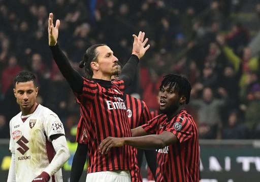 إبراهيموفيتش وأوغلو يقودان ميلان لقبل نهائي كأس إيطاليا