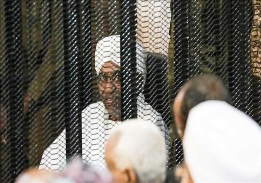 السودان.. وزير الدفاع الأسبق يقر بتلقي البشير أموالا من بن سلمان