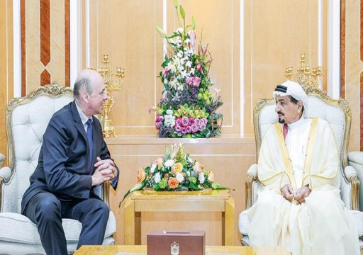 حاكم عجمان يستعرض مع السفير البلجيكي العلاقات الثنائية