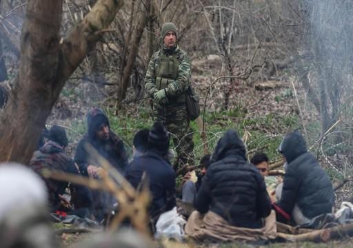 آلاف المهاجرين ينتظرون عند الحدود التركية لدخول أوروبا