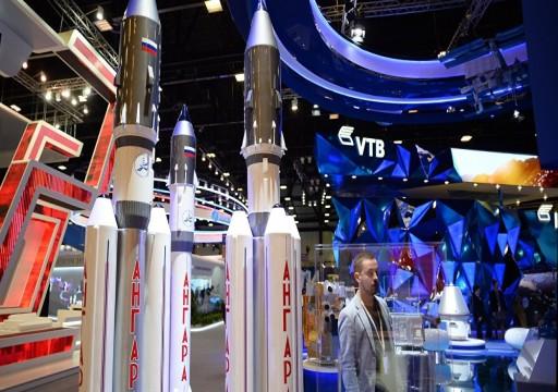 الإمارات تعتزم شراء مركبة سويوز الفضائية من روسيا