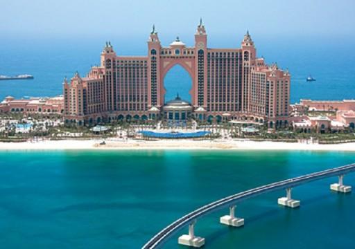 """""""بلومبرج"""":30% من العاملين بفنادق دبي قد يفقدون وظائفهم بسبب كورونا"""