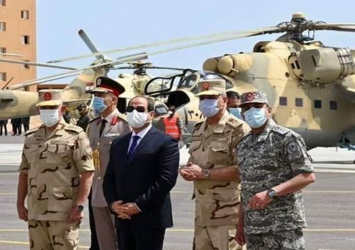 بعد عرضها بقاعدة قرب الحدود الليبية.. الأقمار الاصطناعية ترصد سحب طائرات حربية مصرية