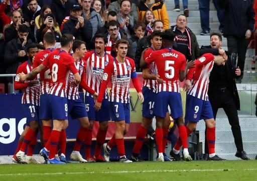 أتليتيكو مدريد يخفض رواتب لاعبيه وجهازه الفني بسبب كورونا