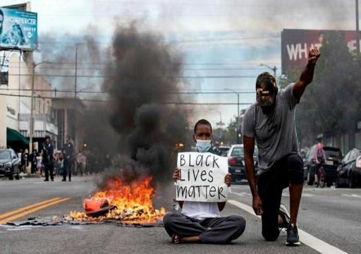 استطلاع رأي: مظم الأمريكيين يتعاطفون مع الاحتجاجات ويرفضون رد فعل ترامب