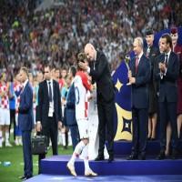 11 لاعبًا قرروا اعتزال اللعب الدولي في المونديال الروسي
