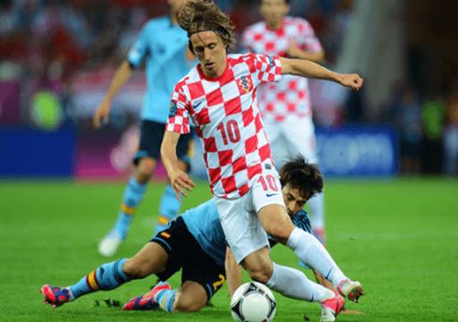 ريال مدريد يُعلن إصابة لاعبه الكرواتي مودريتش
