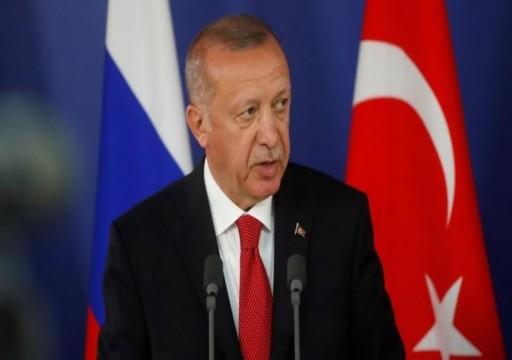 أردوغان يقول إنه يدرس شراء مقاتلات روسية