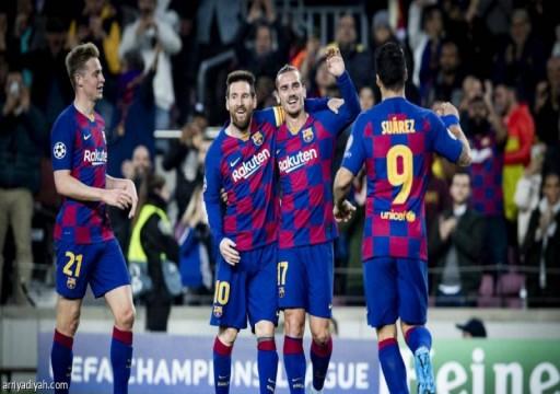 برشلونة يفاوض لاعبيه لتخفيض رواتبهم