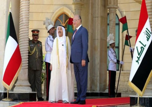 أمير الكويت يصل العراق وسط تصاعد التوتر في المنطقة