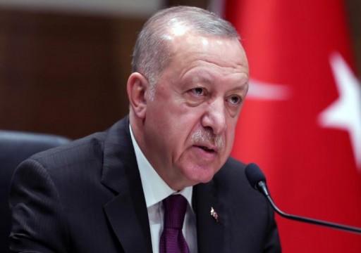 تركيا تلوح بتنفيذ عملية عسكرية في إدلب السورية ما لم تتوقف الهجمات