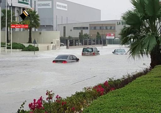 مؤسسات حكومية ترفع درجة استعدادها للتعامل مع ذروة الأمطار الجديدة