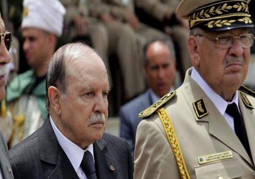 صحفية جزائرية: الجيش يدعم تنحي بوتفليقة وتوقعات بعزله قريباً