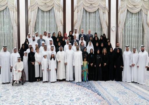 محمد بن راشد يشهد إطلاق تطبيق عضيدك التفاعلي للأسرة الإماراتية