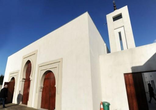 رسوم مسيئة على واجهة مسجد في جنوب غرب فرنسا