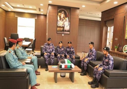 مدني عجمان يستقبل مجندي الخدمة الوطنية