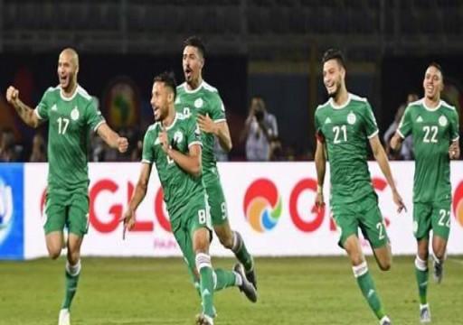 الجزائر تكتسح غينيا وتتأهل لربع نهائي كأس الأمم الأفريقية