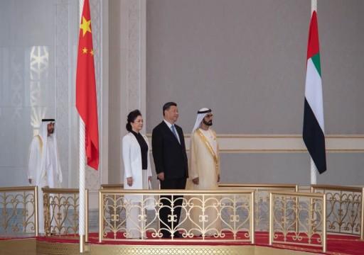 الإمارات71 يرغم قرقاش على توضيح زيارة محمد بن زايد للصين