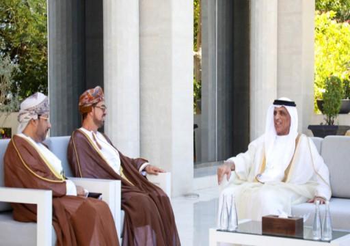 حاكم رأس الخيمة يستقبل السفير العماني ويثمن العلاقات بين البلدين