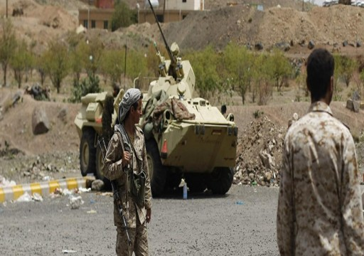 الحوثيون يزعمون السيطرة على مواقع داخل السعودية