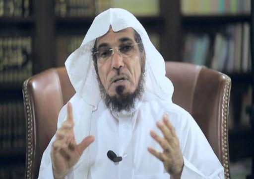 """نجل الداعية السعودي سلمان العودة يتحدث عن """"معاناة"""" والده بالسجن"""