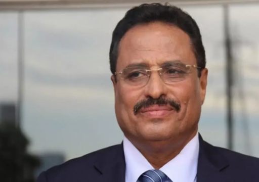 بضغوط من أبوظبي والرياض.. إقالة وزير النقل اليمني صالح الجبواني