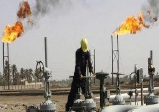 النفط يصعد 1% لذروته منذ سبتمبر بفعل اتفاق التجارة والمخزونات