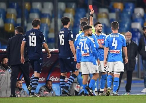 نابولي يطيح بلاتسيو وينسى أحزانه في كأس إيطاليا