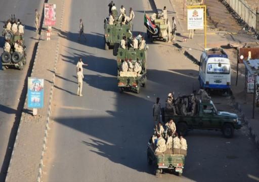 البرهان يعلن انتهاء التمرد في الخرطوم.. وحمدوك يصفه بمحاولة لوأد الديمقراطية