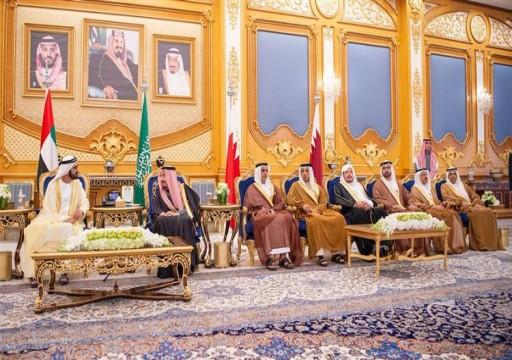 محمد بن راشد يصل إلى الرياض للمشاركة في القمة الخليجية الـ 40