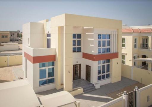 """""""زايد للإسكان"""" يصرف دفعات لمشروعات سكنية بقيمة 464 مليون درهم"""
