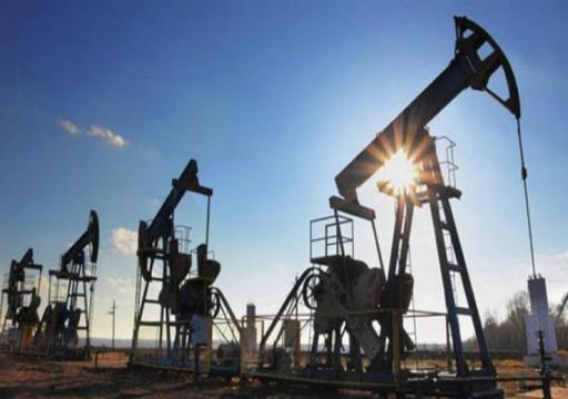 النفط يرتفع فوق 62 دولارا للبرميل بدعم من آمال اتفاق الصين وأمريكا