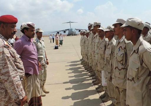 وزير يمني يصف التواجد الإماراتي بسقطرى بـ احتلال متكامل الأركان