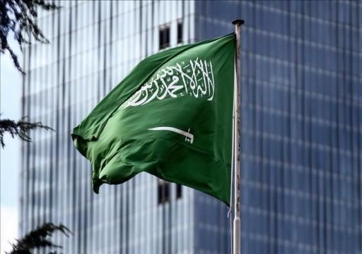فايننشال تايمز: السعودية تواصل شراء الأسلحة رغم أزمتها الاقتصادية