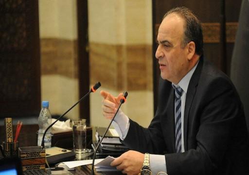 إقالة رئيس وزراء النظام السوري وتعيين وزير المالية بديلا عنه